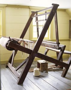 Shaker loom, early19C. New Hampshire - this is a unique loom designed by the Shakers, very stable but uses less lumber.