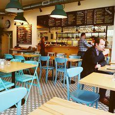 @stacjagrochow-> przyjazne bistro pełne światła i żywych kolorów #urbimine Market Stands, Pie Shop, This Is Us, Ideas, Home Decor, Decoration Home, Room Decor, Home Interior Design, Thoughts