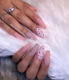 matte & pixieGreat Nails happen by appt