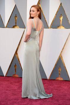 Pin for Later: 21 Stars Dont la Robe Était Aussi Belle Devant Que Derrière Sophie Turner Dans une robe signée Galvan pour Opening Ceremony.
