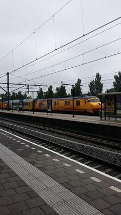 Hele aparte #trein doet #station #Zevenaar aan. Woensdag 9 juli 2014. Via twitter @Emiraten1975