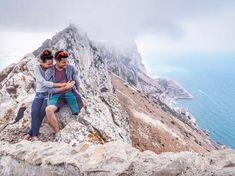 Tradično netradičný cestovateľský blog, ktorí tvoria Jožo a Hanka - dvaja bežne zamestnaní ľudia, ktorí spolu precestovali už viac ako 50 krajín. #cestujemespolu prináša množstvo tipov a trikov - ako lacnejšie cestovať, ktoré destinácie navštíviť, ako vyžmýkať z bežnej dovolenky toho čo najviac... Klikajte a čítajte! :) The Rock, Grand Canyon, Nature, Blog, Travel, Instagram, Naturaleza, Viajes, Grand Canyon National Park