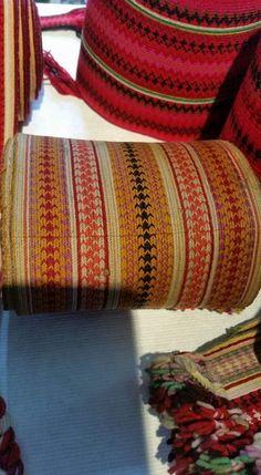 Gammelt belte beltestakk Blanket, Crochet, Crochet Hooks, Blankets, Shag Rug, Crocheting, Comforters, Chrochet, Quilt