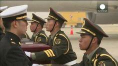VIDEO: Histórica entrega de Corea del Sur a China - http://uptotheminutenews.net/2014/03/28/latin-america/video-historica-entrega-de-corea-del-sur-a-china/