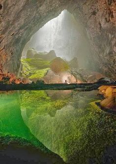 Wonderful Places - Mammoth cave in Vietnam