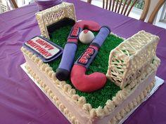 Field hockey cake angled view