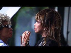 Tina Turner - Sarvesham Svastir Bhavatu (Peace Mantra) - YouTube