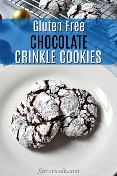 Gluten free meals 596797388103073017 - These Gluten Free Chocolate Crinkle Cookies are delightfully rich and fudgy. A classic, must-bake, cookie for every chocolate lover! Source by flavorwalkconnie Keto Cookies, Gluten Free Christmas Cookies, Gluten Free Chocolate Chip Cookies, Chocolate Crinkle Cookies, Chocolate Crinkles, Almond Meal Cookies, Chocolate Donuts, Gluten Free Deserts, Gluten Free Cookie Recipes
