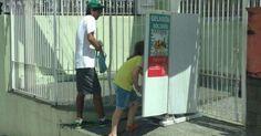 Empresário põe geladeira na rua para servir comida de graça em Sorocaba http://glo.bo/1YWuC2A #G1 #solidariedade