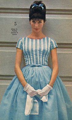 Dresses - A Rainbow of 50 Dresses (Pictures) 1963 blue party prom dress Mod Fashion, 1960s Fashion, Fashion Sale, Vintage Fashion, Womens Fashion, Sporty Fashion, Fashion Stores, 1960s Dresses, Vintage Dresses
