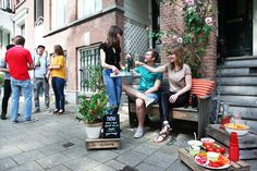 "Amsterdam-based BankjesCollectief (""Collective Benches"") launched an original and innovative initiative on public space using the street furniture. Outdoor Cafe, Outdoor Decor, Amsterdam, Salsa Classes, Pop Up Cafe, Walking City, First Sunday, Clothing Swap, Mexican Designs"