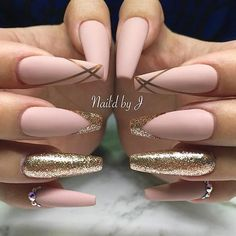 """1,764 Likes, 5 Comments - NAIL INSPO (@theglitternail) on Instagram: """"✨ • #Repost : Picture and Nail Design by @naildby_j Follow @naildby_j for more gorgeous nail art…"""""""
