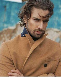 Broj jedan za show - Novi. Turkish Men, Turkish Beauty, Turkish Actors, Pretty Men, Gorgeous Men, Alina Boz, Vogue Men, What Makes A Man, Best Series