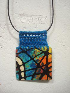 Painted pendant with crochet bail Fiber Art Jewelry, Textile Jewelry, Fabric Jewelry, Jewelry Art, Enamel Jewelry, Metal Jewelry, Bead Studio, Fabric Beads, Polymer Clay Jewelry