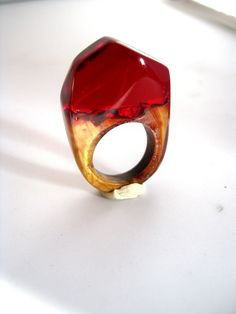 Atelier de Jade  rubis  polyester acrylic and wood ring