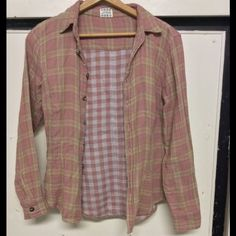 Free people double gauze button up shirt cotton S NWOT, double gauze, princess seams, fitted, button up, pink taupe! Free People Tops Button Down Shirts