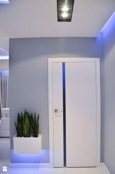 Interior Door Styles, Interior Design Boards, Bathroom Interior Design, Wooden Glass Door, Wooden Front Door Design, Home Door Design, Door Gate Design, Purple Bedroom Decor, Wardrobe Door Designs