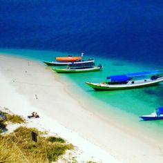 Indonesia is a beautiful country to sail ... With thousands of islands to explore you will never see it all ... This beautiful island is in the Flores region ... Beautiful clear waters ....  http://dreamtimesail.blogspot.com.au/2011/08/larantuka-riung.html https://www.facebook.com/DreamtimeSail/  #indonesia #flores #islandparadise #aquawaters #sunseasand #sailingtheworld #dreamtimesail currently sailingaustralia #livinglife #dreamsdocometrue #asia #sailing
