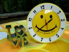 VTG 1970s Retro Have A Happy Nice Day Yellow Smiley Face Groovy Wall Clock MOD