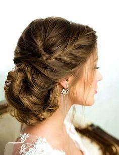 34 Medium Length Hairstyles To Rock This Year #medium #length #hair #styles #layers #easy