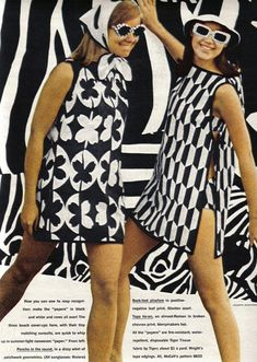 Seventeen, 1967 | black White | monochrome dress | vintage retro | Le chapeau | MOD