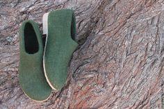 """Купить Валяные туфельки """"Style """"mari_tyme"""" - болотный, валяная обувь, туфельки, обувь ручной работы"""
