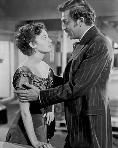 Ava Gardner and Howard Keel in Show Boat (1951).