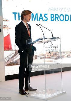 Thomas Brodie-Sangster accepts an Artist of Distinction honour at the Newport Beach Film Festival UK Honours in association with Visit Newport Beach at The Rosewood Hotel on February 2018 in. Get premium, high resolution news photos at Getty Images Maze Runner Thomas, Maze Runner Cast, Maze Runner Movie, Maze Runner Series, Dylan Thomas, Dylan O, Dilan O Brien, Beaches Film, James Dashner
