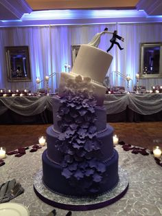 Friday the 13th Wedding Cake.  Creative way to celebrate on a memorable date.  Bride and Groom gave Lottery tickets to all in attendance.  Haha