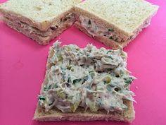 Liian hyvää: Kesäkurpitsa-chilikeittoa ja tonnikalatahna-kolmioleivät Feta, Cheese, Healthy