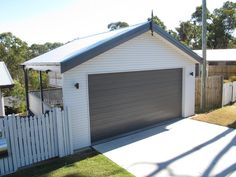 A Garage or Carport Design is a great addition to any Brisbane home considering the temperamental and often unexpected weather. Enclosed Carport, Double Carport, Double Garage, Carport Designs, Garage Design, House Design, Carport Ideas, Building A Carport, Carport Garage