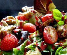 Rezept frisch-fruchtiger Salat mit Erdbeeren und Hähnchenfilets von Fett-For-Fun-Thermi - Rezept der Kategorie Vorspeisen/Salate