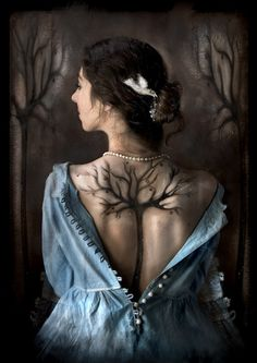 Tatouage love this tattoo Tattoo Son, Back Tattoo, Real Tattoo, Body Art Tattoos, Cool Tattoos, Tatoos, Tree Tattoos, Awesome Tattoos, Tree Woman