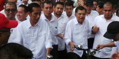 Tanggal 28 januari 2016 yang lalu merupakan usia pemerintahan Jokowi- JK yang ke seratus hari. Banyak sekali pihak yang melakukan evaluasi termasuk juga kubu dari aburizal bakrie, yang berada dipartai golkar. Tantowi yahya, yang saat ini selaku ketua DPP Golkar menyatakan bahwa kinerjari dari pemerintahan jokowi- JK ini ada dua hal yang patut untuk dipuji, khususnya di bidang hukum. Tantowi ya yang mengatakan secara tegas bahwa dari sisi penegak hukum yang sekarang ada adala persoalan ...