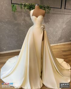 Yes To The Dress, Beautiful Gowns, Bridal Collection, Formal Dresses, Wedding Dresses, Ball Gowns, Wedding Day, Bride, Photo And Video