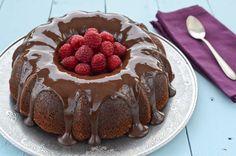 bundt cake dos chocolates 5 e1385921465967 Bundt Cake de chocolate negro y blanco. receta