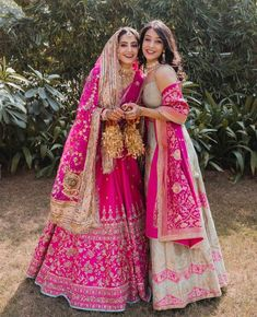 Indian Gowns Dresses, Indian Fashion Dresses, Dress Indian Style, Indian Designer Outfits, Bridal Dresses, Indian Bridal Outfits, Indian Bridal Fashion, Indian Bridal Wear, Indian Bridal Sarees