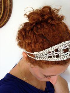 retro wedding tiara for Bia Setubal  http://www.facebook.com/www.amodista.com.br