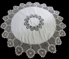 "Vintage Hand Embroidered Tablecloth ~ White Linen & Cluny Lace 65"" Diameter"
