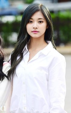 ♡ [ Official Thread of Chou Tzuyu ] NEW OP incoming! ⇀ Poll updated ⇀ The Most Beautiful Face of 2019 ヽ(♡‿♡)ノ Kpop Girl Groups, Kpop Girls, Korean Beauty, Asian Beauty, Beautiful Asian Women, Most Beautiful, Twice Tzuyu, Celebs, Celebrities