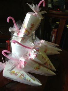 Baby shower party favor - april shower brings may flower theme