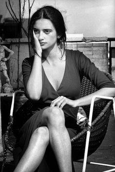 penelope cruz style Penlope Cruz by Jordi Socas Penelope Cruz, Foto Portrait, Portrait Photography, Looks Black, Black And White, Michaela Bercu, Beautiful People, Beautiful Women, Spanish Actress