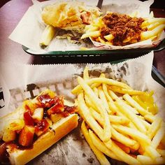 Who loves Hot Dogs?! (🙋) Thank you @rstroebel for this delicious picture, and to @dogtownhots for these great menu items!  #Zweigles #dogtown #delicious #thursday #yum #instafood #food #SupportLocal #roc #ny #tbt #like