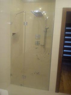www.dubielglass.pl Bathtub, Bathroom, Glass, Standing Bath, Washroom, Bathtubs, Drinkware, Bath Tube, Full Bath