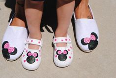MINNIE MOUSE SHOES hand painted shoes by sweetfeetbybrit on Etsy, $45.00