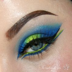 beautiful lime green and blue look
