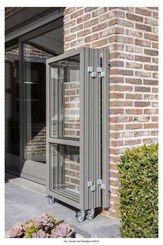 Patio Privacy Screen, Patio Fence, Pergola Patio, Living Room Sliding Doors, Diy Awning, Balcony Railing Design, Door Gate Design, Lawn And Landscape, House Blueprints