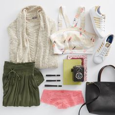 Week already looking too long? Start planning for a Saturday adventure with our stylist's outfit of the week! #Aerie