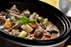 Crock Pot Party: Share Comfort Food With Friends   KitchenDaily.com