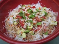 Salade de vermicelle de riz, avocat et surimi, photo 1 Vegetarian Spring Rolls, Salad Recipes, Healthy Recipes, Bowl Cake, Avocado Salad, Vegetable Salad, Potato Salad, Cabbage, Food And Drink